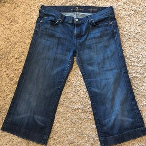 Seven for all Mankind Dojo Capris Size 32